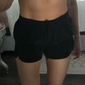 Curved hem soft shorts